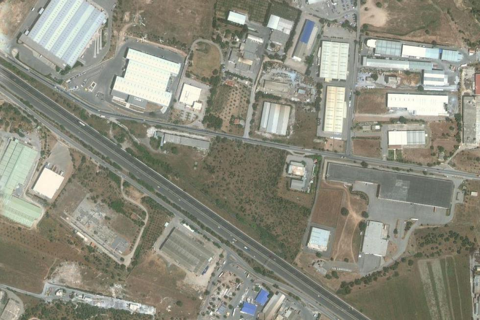 Avlonas industrial plot 18.000 sq.m for sale