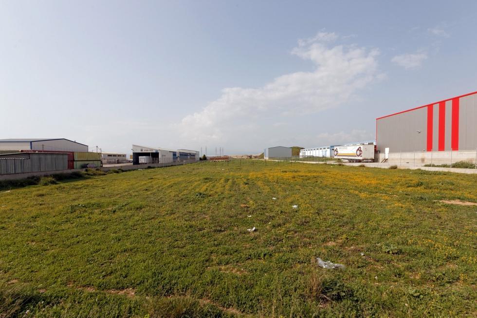 West Attica industrial plot 2.000 sq.m for sale